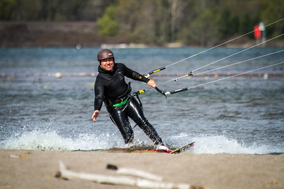 your kiteboarding instructor, Joe!
